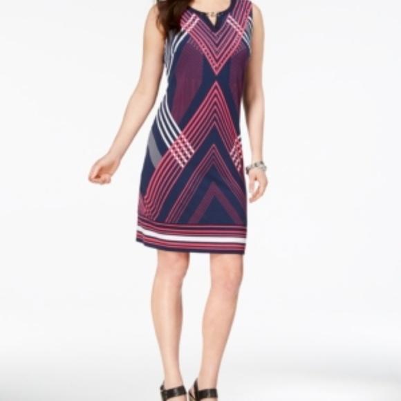 JM Collection Dresses & Skirts - Jm Collection Chain-Link-Trim Shift Dress, Size L